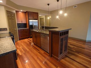 Photo 10: 305 9803 96A Street NW in Edmonton: Zone 18 Condo for sale : MLS®# E4225741