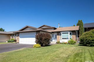 Photo 1: 226 Egnatoff Crescent in Saskatoon: Silverwood Heights Residential for sale : MLS®# SK861412