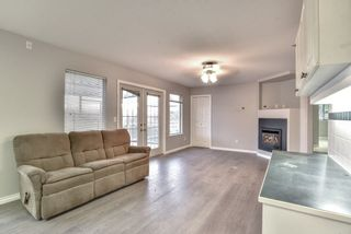 """Photo 5: 18608 54 Avenue in Surrey: Cloverdale BC House for sale in """"Hunter Park"""" (Cloverdale)  : MLS®# R2328528"""