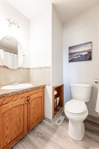 Photo 21: 210 Mowat Crescent in Saskatoon: Pacific Heights Residential for sale : MLS®# SK870029