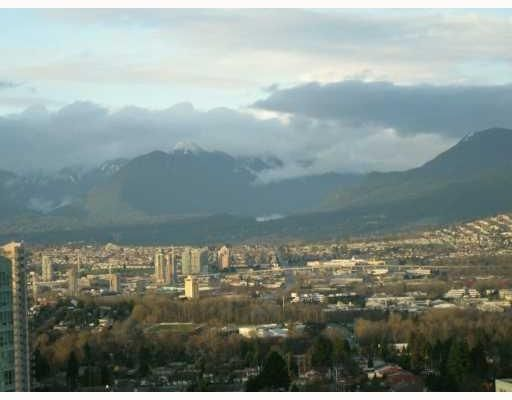 "Main Photo: 2502 6240 Mckay Ave in Burnaby: Condo for sale in ""GRAND CORNICHE I"" (Burnaby South)  : MLS®# V897623"