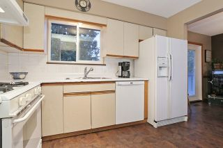 """Photo 9: 16975 JERSEY Drive in Surrey: Cloverdale BC House for sale in """"JERSEY HILLS"""" (Cloverdale)  : MLS®# R2025233"""