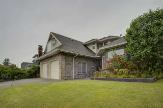 Photo 1: 2259 PARADISE Avenue in Coquitlam: Coquitlam East House for sale : MLS®# R2465213