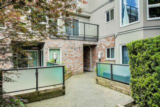 "Photo 15: 208 2110 CORNWALL Avenue in Vancouver: Kitsilano Condo for sale in ""Seagate Villa"" (Vancouver West)  : MLS®# R2515614"