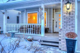 Photo 3: 36 SUNVISTA Place SE in Calgary: Sundance Detached for sale : MLS®# C4267095