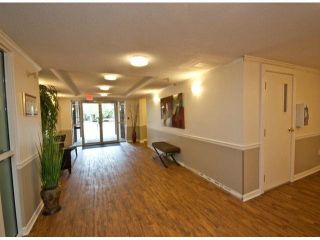 "Photo 3: 303 33090 GEORGE FERGUSON Way in Abbotsford: Central Abbotsford Condo for sale in ""Tiffany Place"" : MLS®# F1425343"