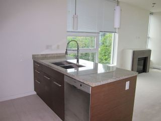 """Photo 12: 402 2528 MAPLE Street in Vancouver: Kitsilano Condo for sale in """"Pulse"""" (Vancouver West)  : MLS®# R2397843"""