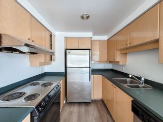 """Photo 9: 1602 1009 EXPO Boulevard in Vancouver: Yaletown Condo for sale in """"Landmark 33"""" (Vancouver West)  : MLS®# R2593362"""