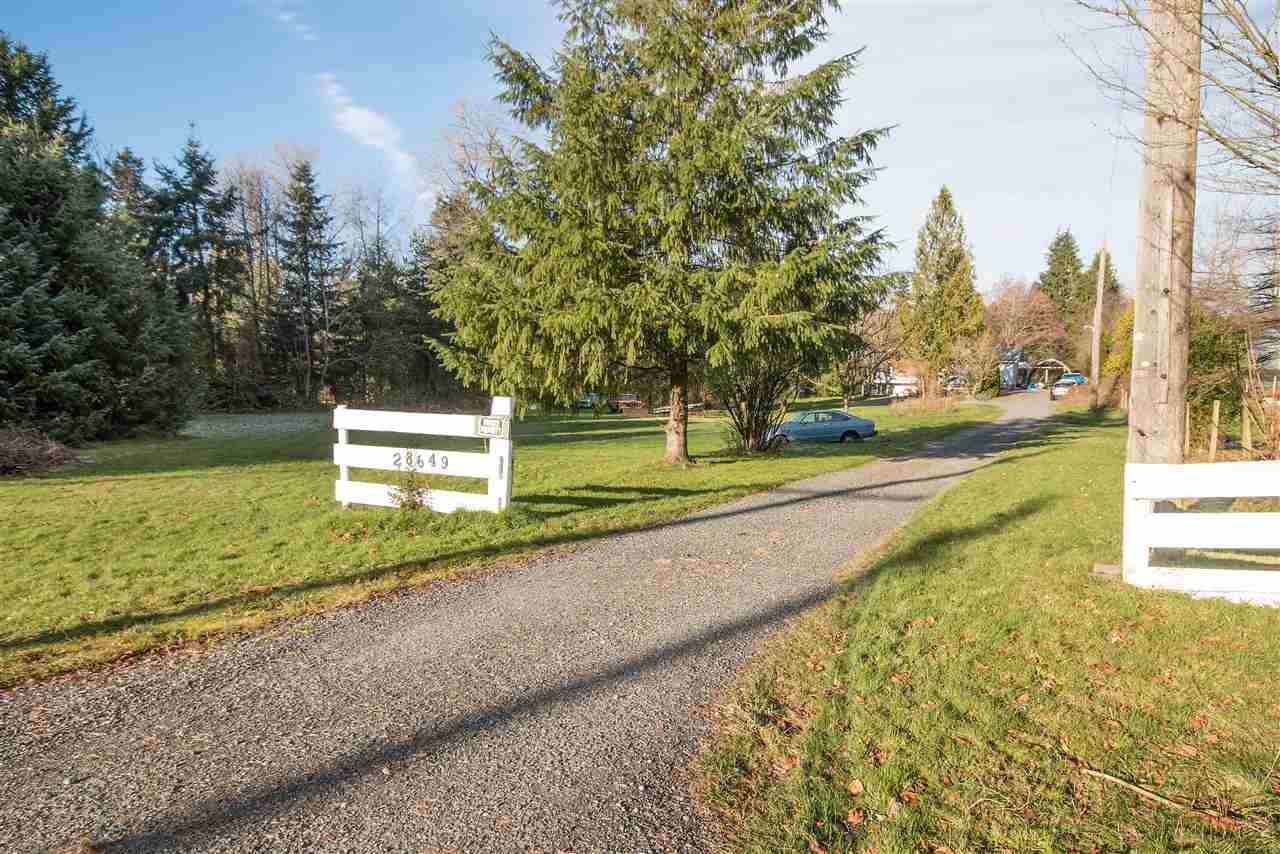 Main Photo: 28649 ELSIE Road in Abbotsford: Bradner House for sale : MLS®# R2018732