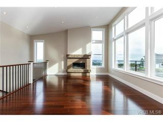 Photo 6: 704 Demel Pl in VICTORIA: Co Triangle House for sale (Colwood)  : MLS®# 686500