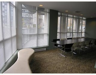 """Photo 8: 1907 1199 SEYMOUR Street in Vancouver: Downtown VW Condo for sale in """"BRAVA"""" (Vancouver West)  : MLS®# V742072"""