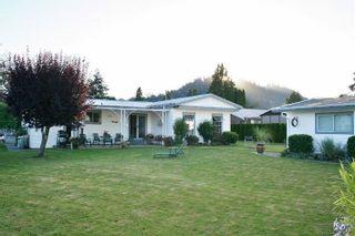 "Photo 3: 43 9053 SHOOK Road in Mission: Hatzic House for sale in ""Sundorn Estates"" : MLS®# R2257146"
