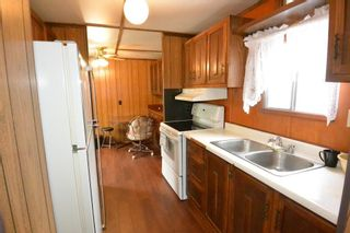 """Photo 2: 21 95 LAIDLAW Road in Smithers: Smithers - Rural Manufactured Home for sale in """"MOUNTAIN VIEW MOBILE HOME PARK"""" (Smithers And Area (Zone 54))  : MLS®# R2256996"""