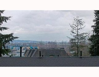 Photo 7: 329 MARATHON Court in Coquitlam: Central Coquitlam Townhouse for sale : MLS®# V759037