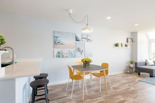 """Photo 12: 306 5 K DE K Court in New Westminster: Quay Condo for sale in """"Quayside Terrace"""" : MLS®# R2585384"""