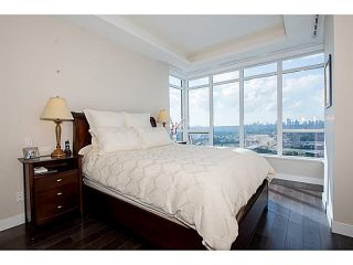 """Photo 13: 3302 2077 ROSSER Avenue in Burnaby: Brentwood Park Condo for sale in """"VANTAGE"""" (Burnaby North)  : MLS®# V1084856"""