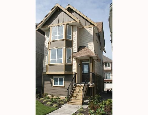 """Main Photo: 8 1211 EWEN Avenue in New_Westminster: Queensborough Townhouse for sale in """"ALEXANDER WALK"""" (New Westminster)  : MLS®# V684184"""
