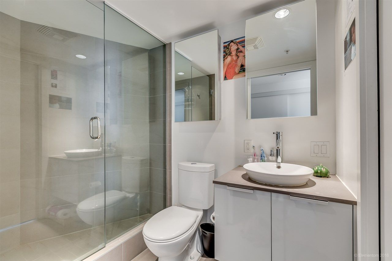 """Photo 17: Photos: 610 128 W CORDOVA Street in Vancouver: Downtown VW Condo for sale in """"WOODWARDS W43"""" (Vancouver West)  : MLS®# R2191922"""