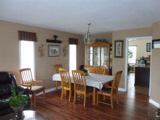 Photo 4: 6382 SELKIRK Street in Sardis: Sardis West Vedder Rd House for sale : MLS®# R2123260