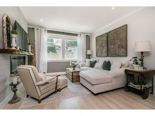 """Photo 4: 28 15717 MOUNTAIN VIEW Drive in Surrey: Grandview Surrey Townhouse for sale in """"Olivia"""" (South Surrey White Rock)  : MLS®# R2600355"""