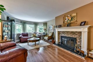 "Photo 2: 9258 154TH Street in Surrey: Fleetwood Tynehead House for sale in ""BERKSHIRE PARK"" : MLS®# R2071682"