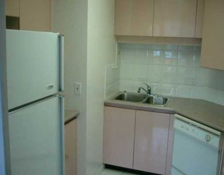 """Photo 6: 500 W 10TH Ave in Vancouver: Fairview VW Condo for sale in """"CAMBRIDGE COURT"""" (Vancouver West)  : MLS®# V625907"""