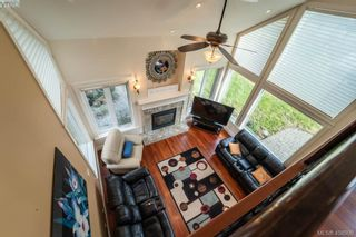 Photo 15: 441 Nursery Hill Dr in VICTORIA: VR Six Mile House for sale (View Royal)  : MLS®# 812569