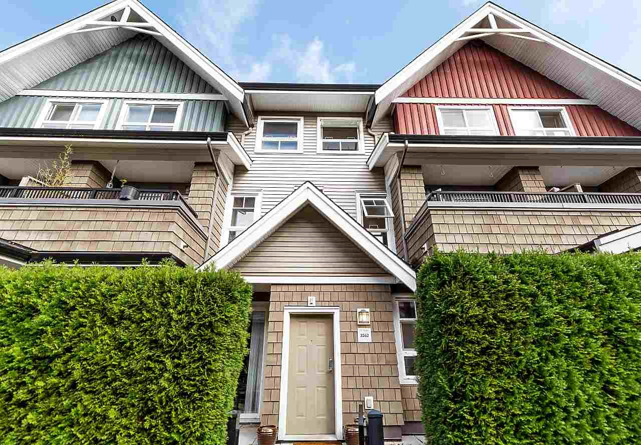 """Main Photo: 3262 E 54TH Avenue in Vancouver: Champlain Heights Townhouse for sale in """"BRITTANY AT CHAMPLAIN"""" (Vancouver East)  : MLS®# R2408336"""
