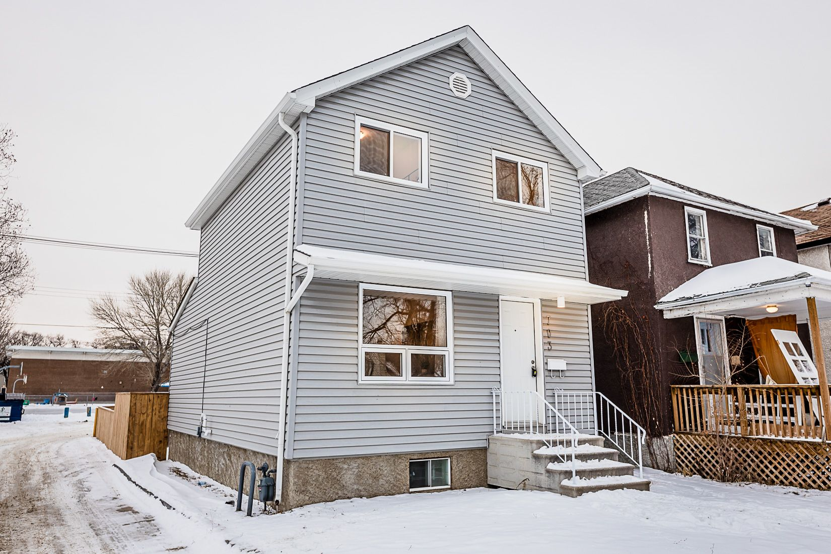 Main Photo: 703 Dudley Avenue in Winnipeg: Crescentwood House for sale (1B)  : MLS®# 1931032