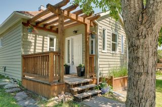 Photo 3: 724 20 Avenue NW in Calgary: Mount Pleasant Detached for sale : MLS®# A1064145