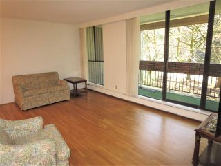 """Photo 3: 201 6689 WILLINGDON Avenue in Burnaby: Metrotown Condo for sale in """"KENSINGTON HOUSE"""" (Burnaby South)  : MLS®# R2316399"""