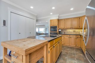 """Photo 16: 3603 NICO WYND Drive in Surrey: Elgin Chantrell Townhouse for sale in """"NICO WYND ESTATES"""" (South Surrey White Rock)  : MLS®# R2543145"""