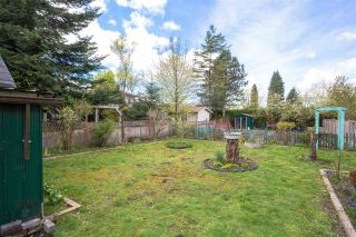 Photo 3: 5855 ST. GEORGE Street in Vancouver: Fraser VE House for sale (Vancouver East)  : MLS®# R2371764