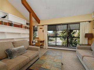 Photo 4: 402 1005 McKenzie Ave in : SE Quadra Condo for sale (Saanich East)  : MLS®# 873070