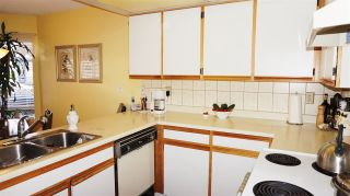 """Photo 10: 24 1195 FALCON Drive in Coquitlam: Eagle Ridge CQ Townhouse for sale in """"THE COURTYARDS"""" : MLS®# R2110135"""