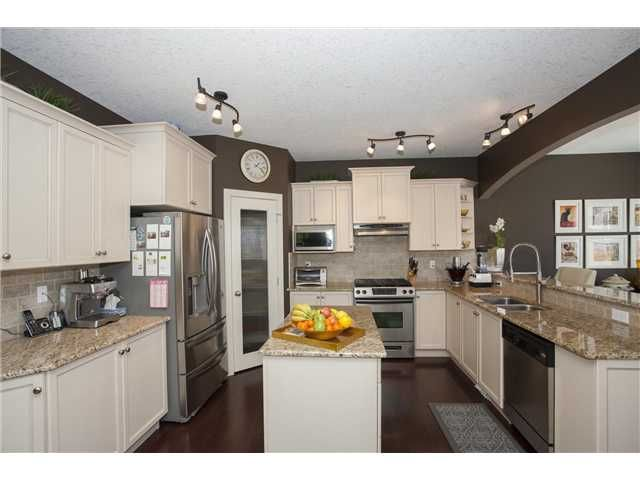 Photo 7: Photos: 309 EVERRIDGE Drive SW in CALGARY: Evergreen Residential Detached Single Family for sale (Calgary)  : MLS®# C3563849