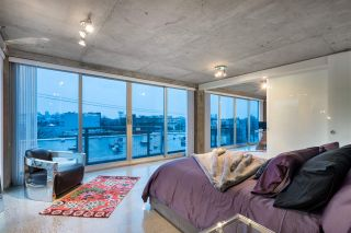 """Photo 14: PH610 1540 W 2ND Avenue in Vancouver: False Creek Condo for sale in """"The Waterfall Building"""" (Vancouver West)  : MLS®# R2580752"""