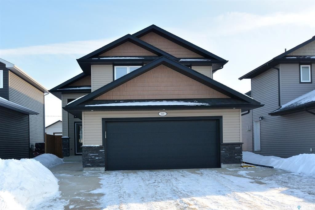 Main Photo: 918 Rockhill Lane in Martensville: Residential for sale : MLS®# SK842955