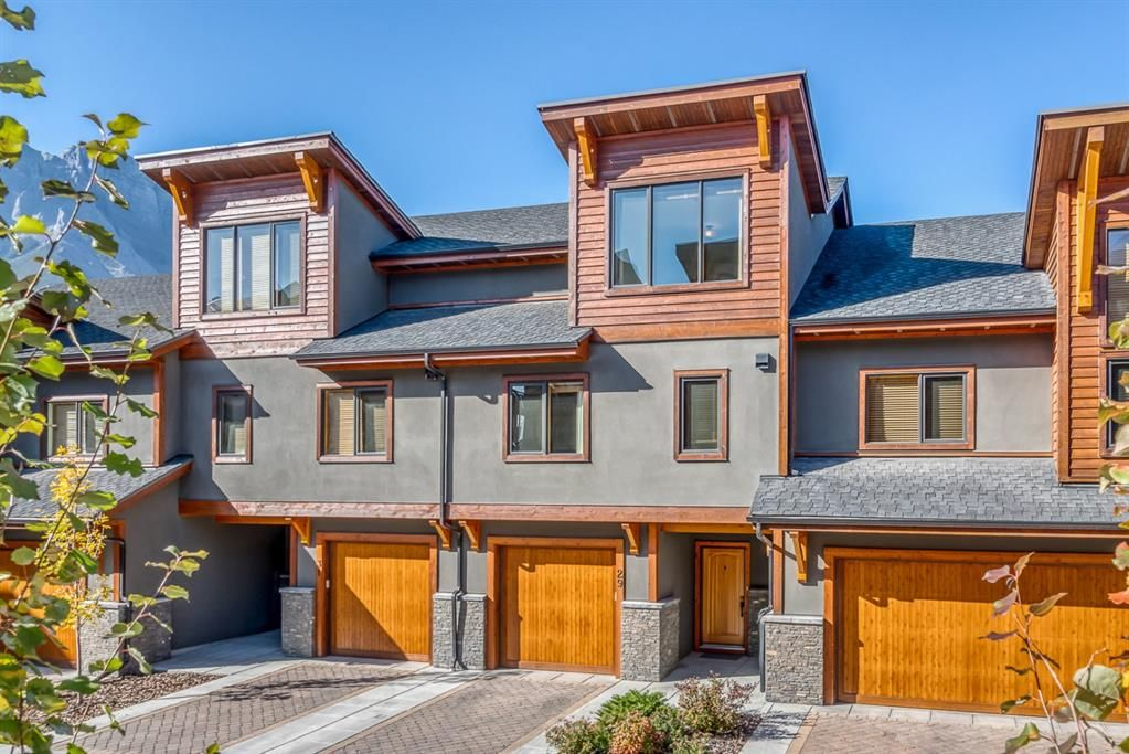 Main Photo: 29 Creekside Mews: Canmore Row/Townhouse for sale : MLS®# A1152281