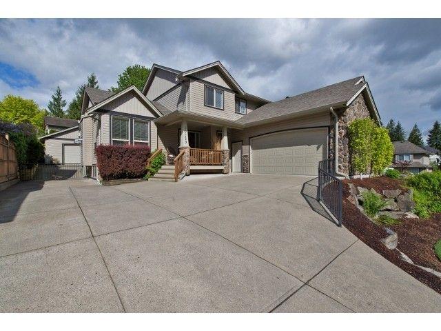 "Main Photo: 10259 WILDROSE Drive in Chilliwack: Rosedale Popkum House for sale in ""ROSE GARDEN ESTATES"" (Rosedale)  : MLS®# H2153134"