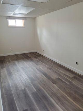 Photo 6: 405 MILLBOURNE Road E in Edmonton: Zone 29 House Half Duplex for sale : MLS®# E4238189