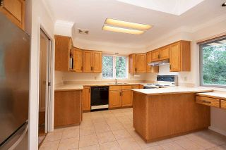 """Photo 3: 1820 FULTON Avenue in West Vancouver: Ambleside House for sale in """"Ambleside"""" : MLS®# R2577844"""