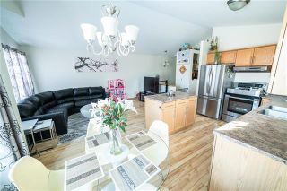 Photo 3: 1018 Stardust Avenue in Winnipeg: Single Family Detached for sale (4H)  : MLS®# 1905905