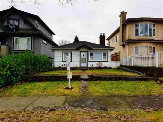 Photo 1: 2840 ETON Street in Vancouver: Hastings East House for sale (Vancouver East)  : MLS®# R2130623