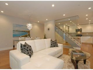 """Photo 4: # 1 1466 EVERALL ST: White Rock Townhouse for sale in """"THE FIVE"""" (South Surrey White Rock)  : MLS®# F1313640"""