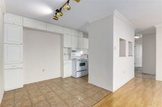 """Photo 13: 2002 1330 HARWOOD Street in Vancouver: West End VW Condo for sale in """"Westsea Towers"""" (Vancouver West)  : MLS®# R2573429"""