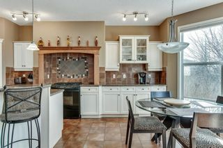 Photo 11: 90 STRATHLEA Crescent SW in Calgary: Strathcona Park Detached for sale : MLS®# C4289258