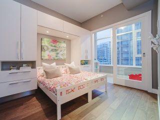 Photo 15: 809 108 E 1ST Avenue in Vancouver: Mount Pleasant VE Condo for sale (Vancouver East)  : MLS®# R2236809