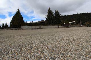 Photo 2: 1343 Deodar Road in Scotch Ceek: North Shuswap House for sale (Shuswap)  : MLS®# 10129735