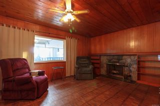 Photo 3: 422 Tipton Ave in : Co Wishart South House for sale (Colwood)  : MLS®# 872162